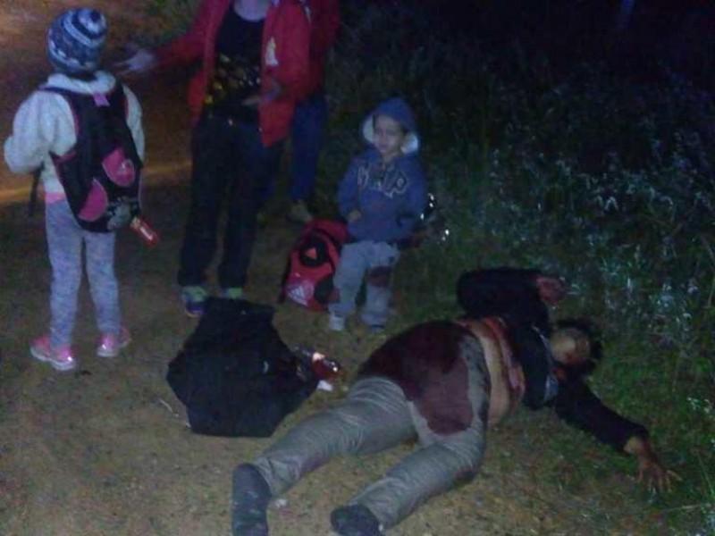 Delincuentes atacan a migrantes en carretera