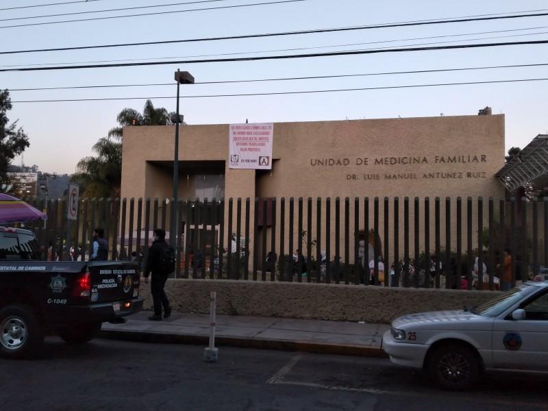 Demanda personal del IMSS Camelinas ser vacunados contra Covid19