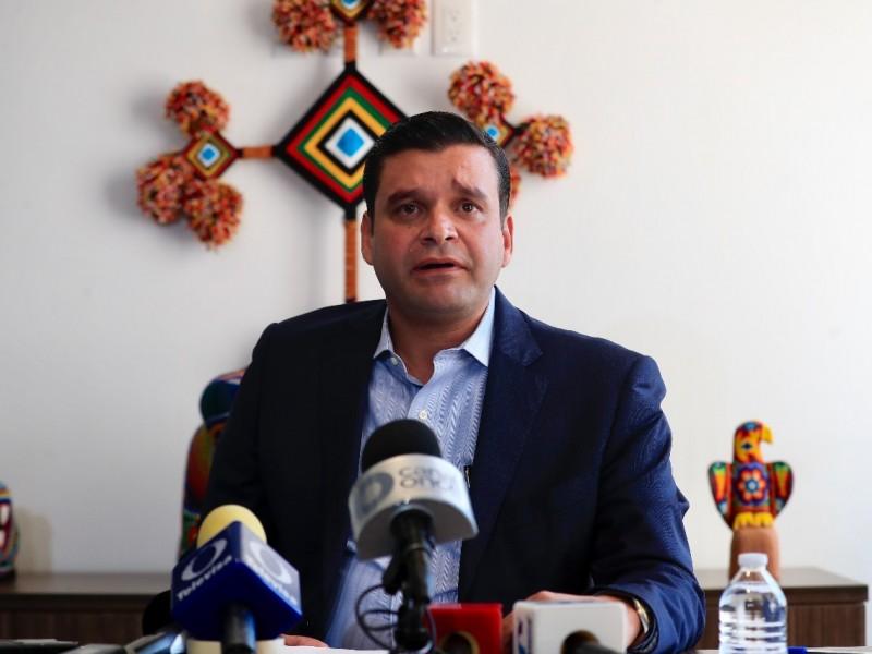 Denuncia Antonio Echevarría abandono de Gobierno Federal