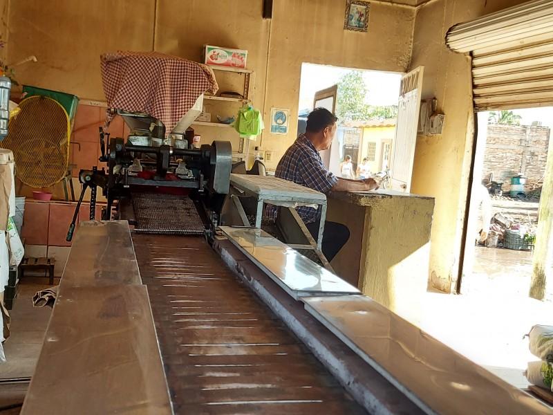 Denuncia sector comercial 'tuxpense' discriminación y falta de apoyo