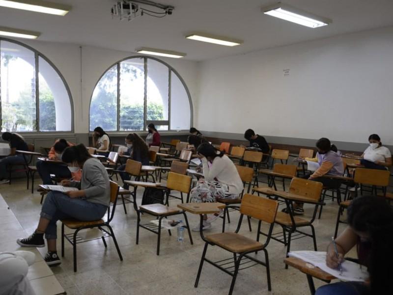 Denuncia UMSNH intento de plagio durante examen de admisión