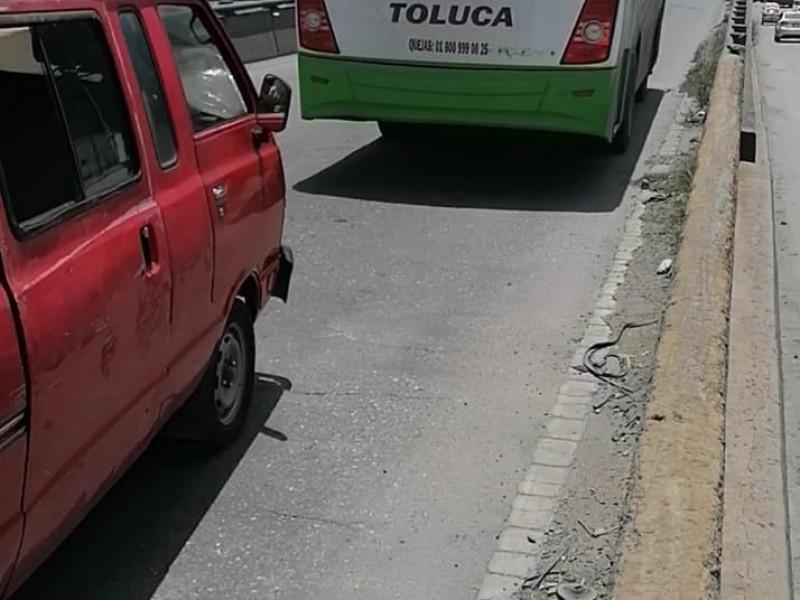 Denuncian a operadores del transporte público
