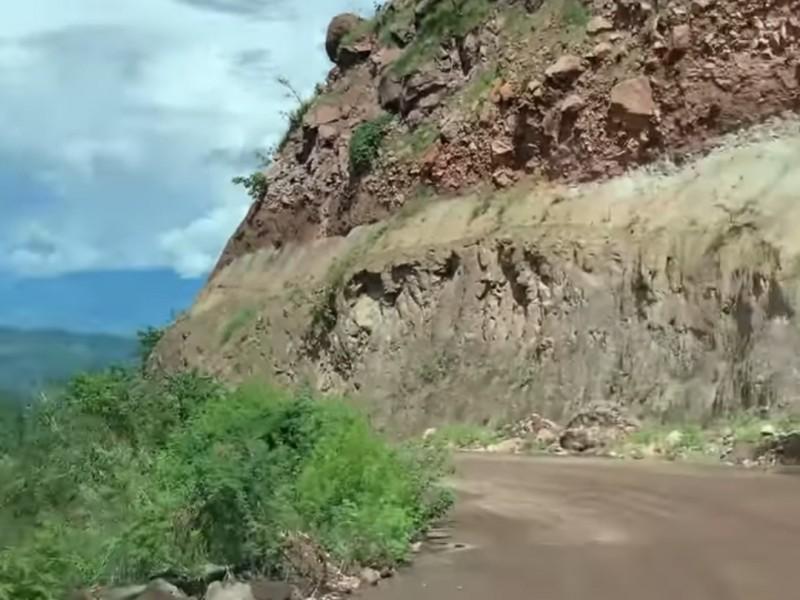 Denuncian como zona de riesgo carretera a Jesús María
