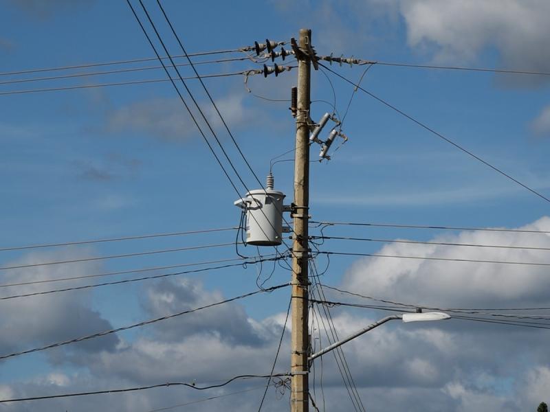 Denuncian constantes fallas en regulador de energía eléctrica en Tehuantepec