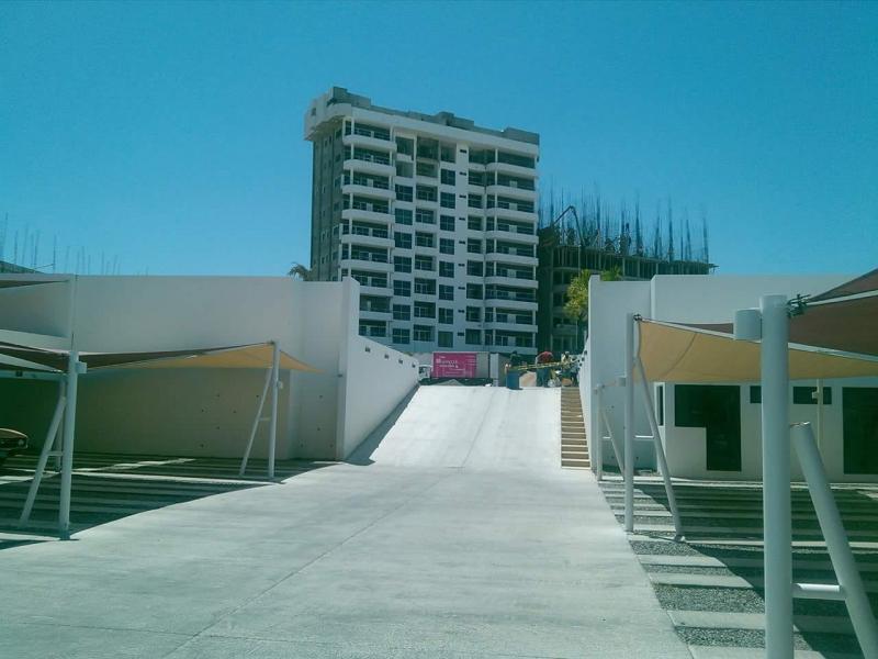 Denuncian construcción de 11 pisos irregular en LaPaz
