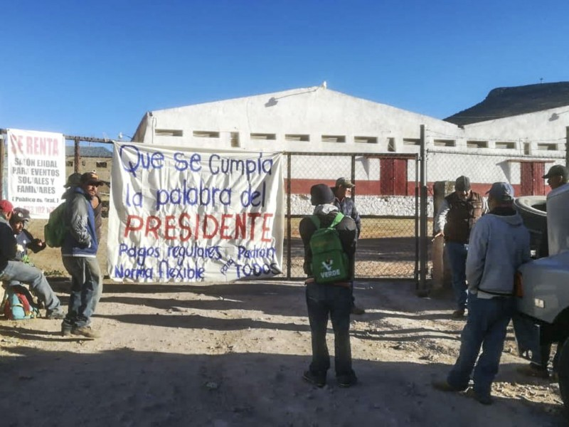 Denuncian corrupción en acopio de frijol por Segalmex