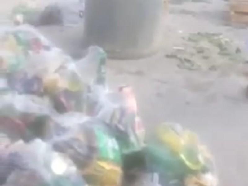 Denuncian entrega de despensas caducadas en Chilac