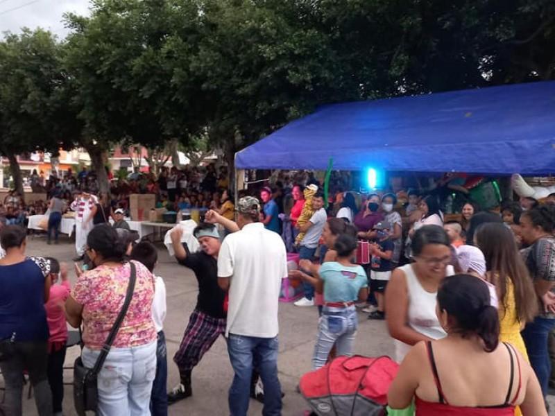 Denuncian eventos multitudinarios en Tuzamapan y Jalcomulco