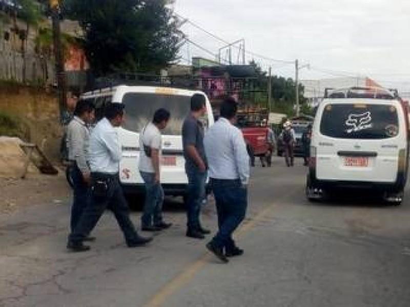 Denuncian operación de transporte irregular