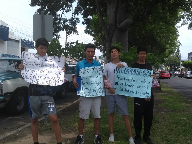 Deportistas buscan apoyo para ir a torneo