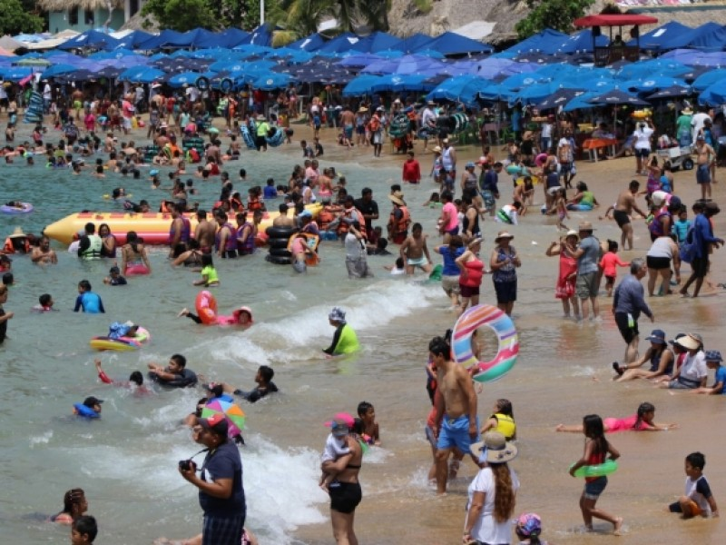 Derrama económica en Acapulco de mil 500 mdp