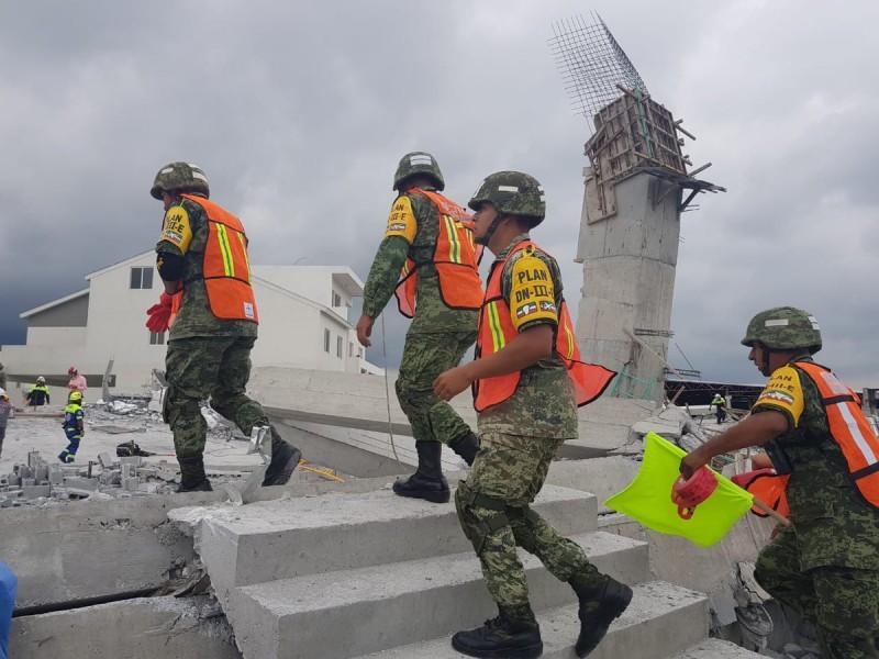 Derrumbe en Monterrey deja 3 muertos