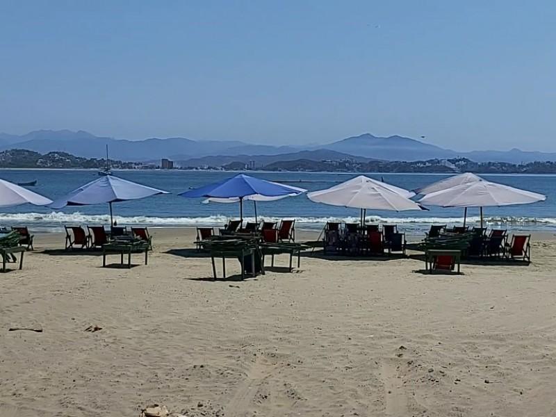 Desacatará Manzanillo Orden de cierre de playas