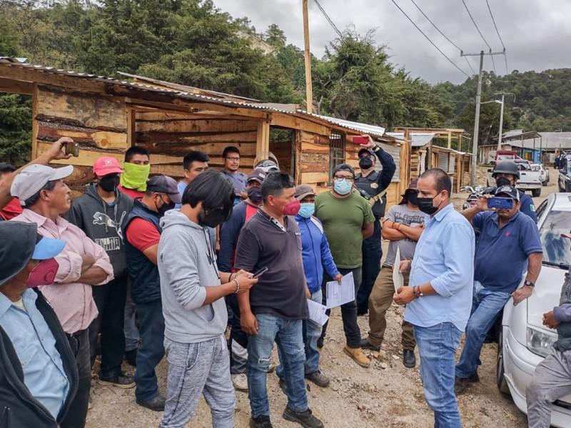Desalojan de manera voluntaria asentamiento irregular