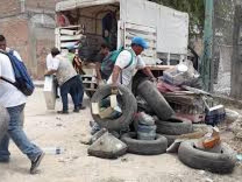 Descacharrización busca evitar propagación del dengue