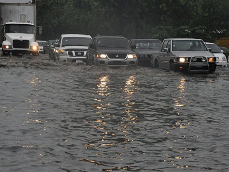 Descartan peligro ante ciclones próximos
