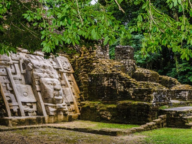 Descubren ciudad maya que data del año 750 A.C