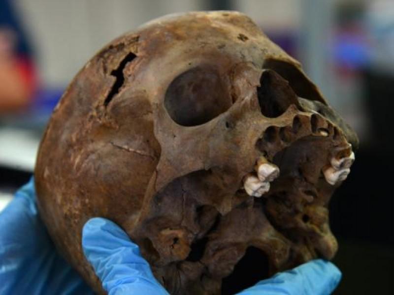 Descubren otro entierro infantil dedicado a Huitzilopochtli
