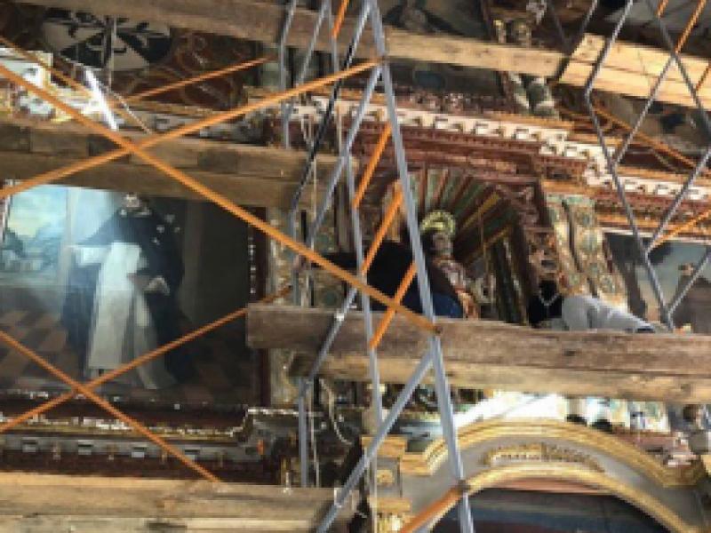 Descubren retablo del siglo XIX  durante restauración