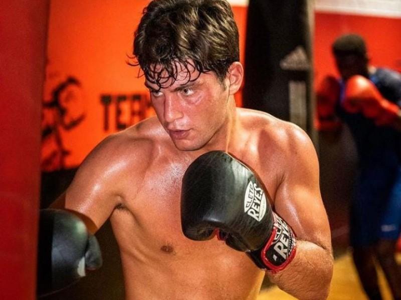 ¡Desde Francia! Inicia en Navojoa su sueño de ser boxeador