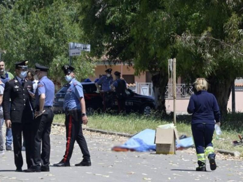 Desequilibrado asesina anciano y 2 niños en Italia