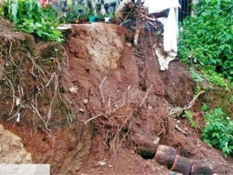 Deslaves en cerros de junta auxiliar de Tochimilco tras lluvias