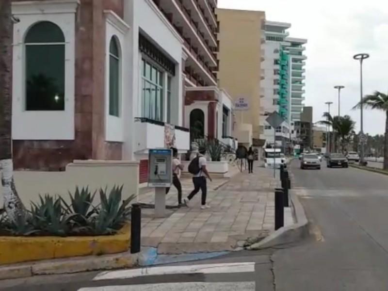 Deslucido malecón sin tradicional desfile del 16 de septiembre