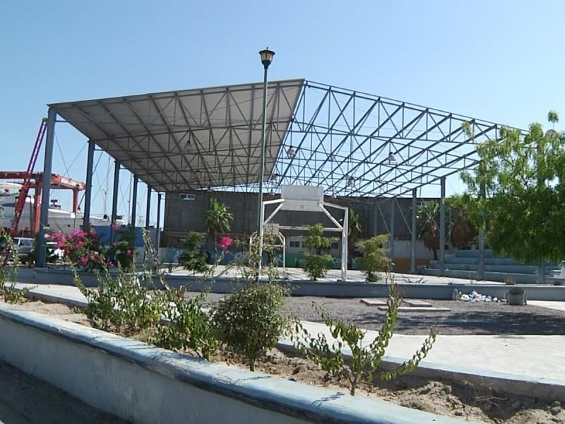 Desmantelan área recreativa en El Manglito