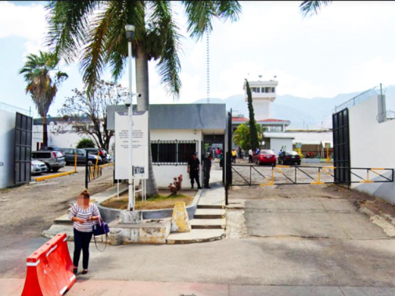 Desmienten autoridades rumores sobre motín en penal de Tepic