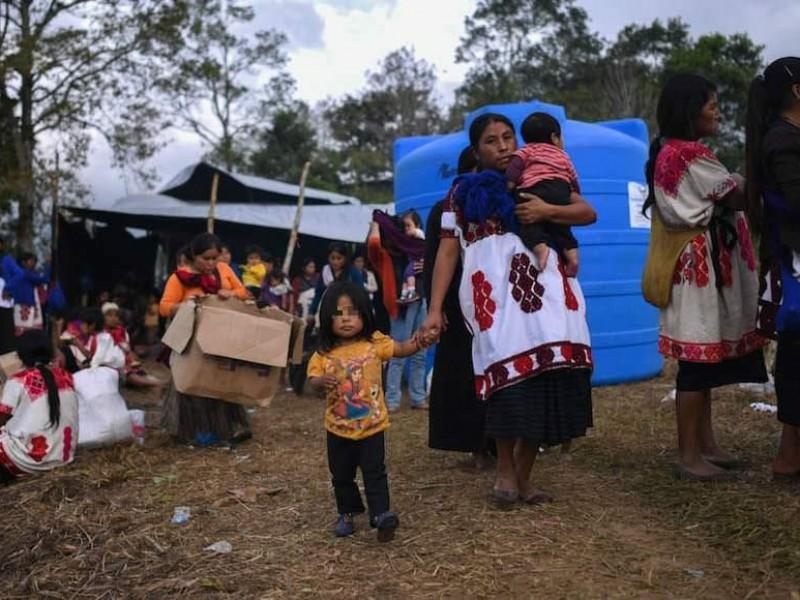 Desplazados regresarán albergues temporales