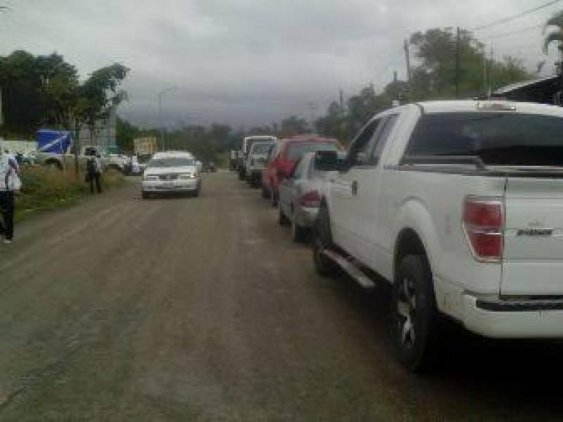 Despojan de vehículo a chofer en Oxchúc
