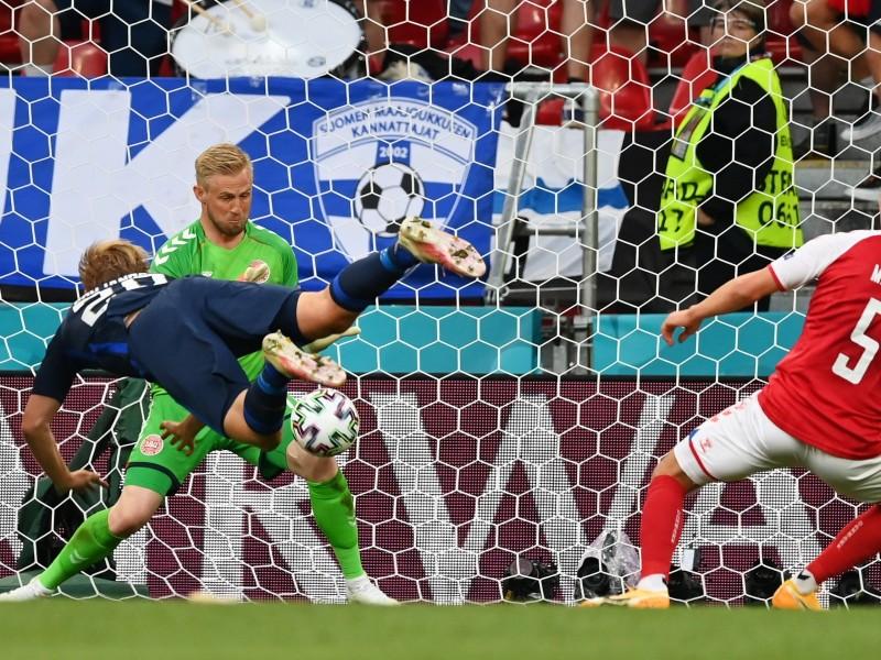 Después del susto, Finlandia derrotó a Dinamarca