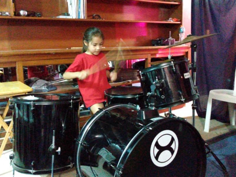 Destacan pequeños en Campamento Musical