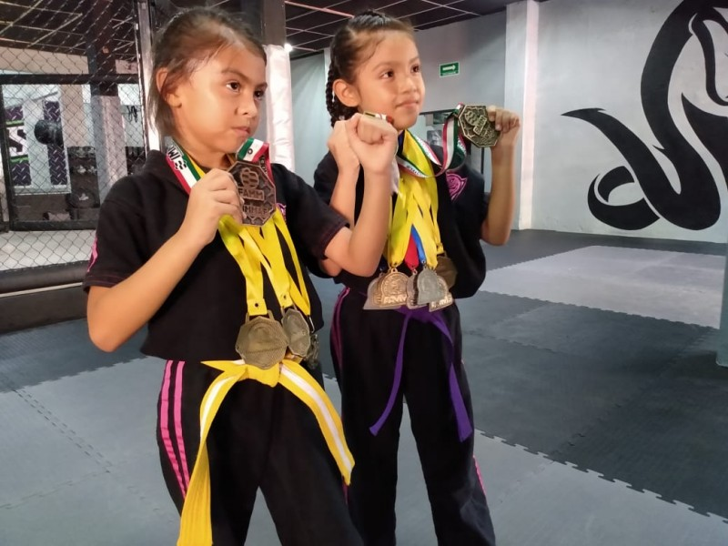 Destacan Tuxpeñas en Artes Marciales Mixtas