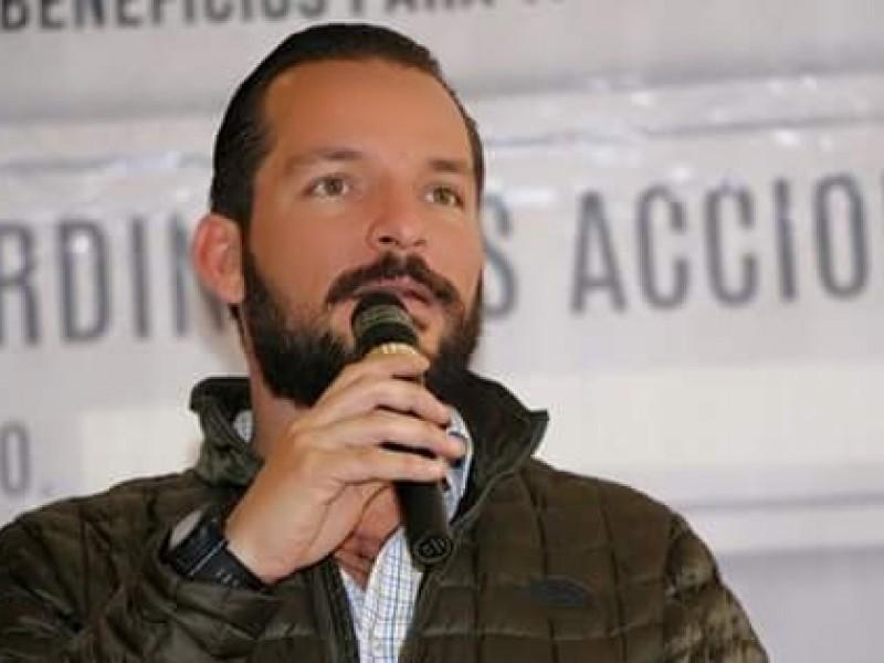 Destituyen a Juan José Ruíz de dirigencia PRI