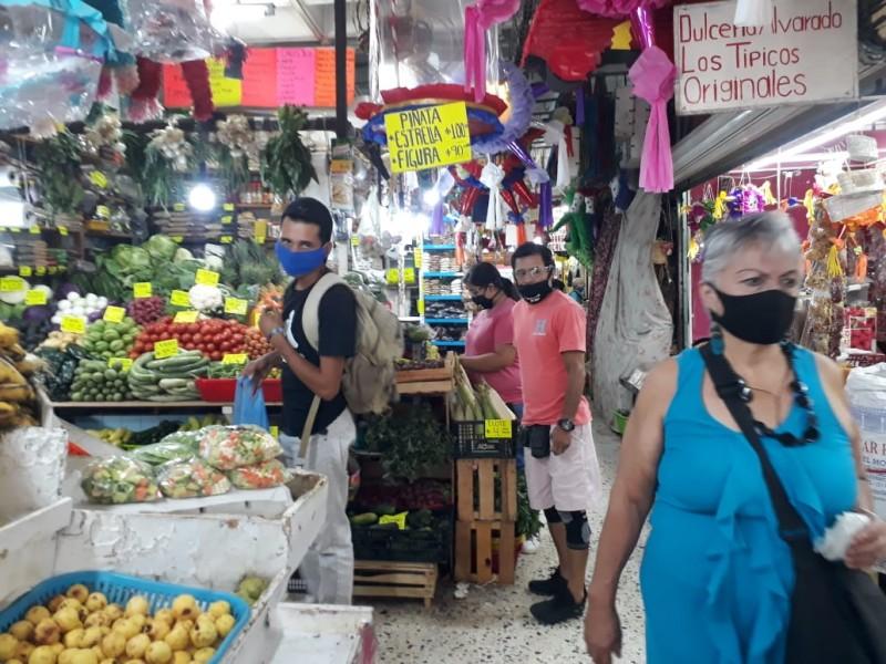Detecta Sanidad Municipal Tepic incumplimiento de protocolos anti-COVID en mercados