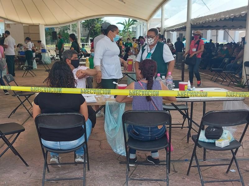 Detecta SSN maestros que adquirieron doble vacuna de diferente farmacéutica