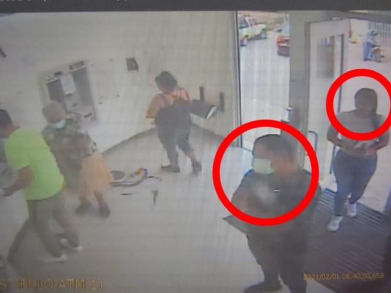 Detecta SSyPC personas haciendo fraude en cajeros en Guayabitos, Compostela