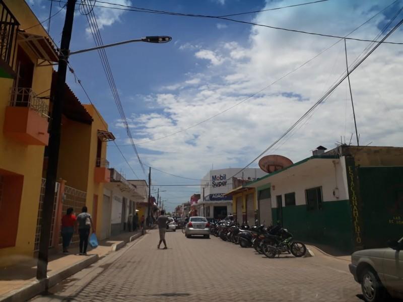 Detectan en Tecuala tiradero clandestino de equipo anti COVID-19
