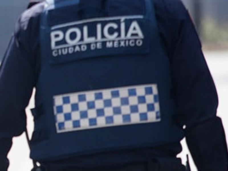 Detenido sujeto con subametralladora en Iztapalapa