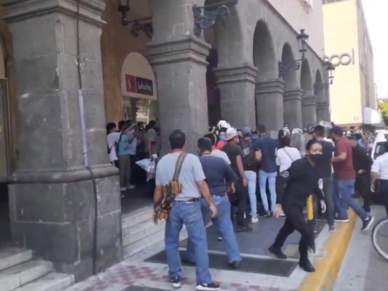 Detenidos y lesionados tras manifestación de dueños de juegos mecánicos