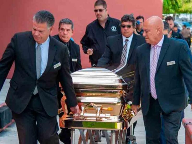 Determinan que José José sea cremado en Miami