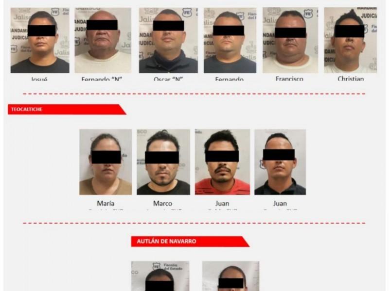 Detiene la Fiscalía a 11 policías municipales por desaparición forzada