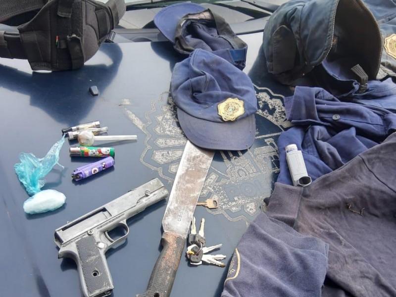 Detienen a cuatro sujetos con droga en Zitácuaro