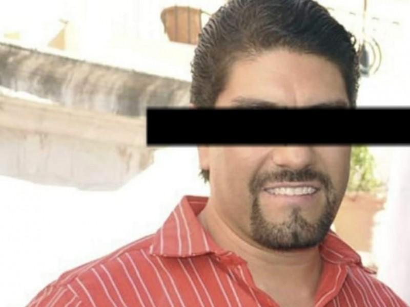 Detienen a ex alcalde por presunto abuso de autoridad
