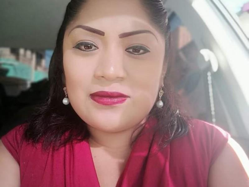Detienen a ex candidata por MORENA en Bochil