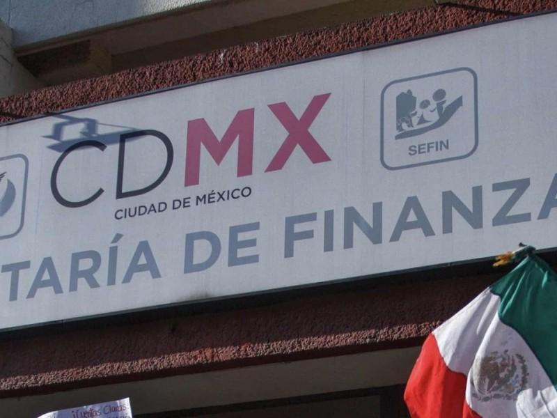 Detienen a ex funcionario de Finanzas de CDMX