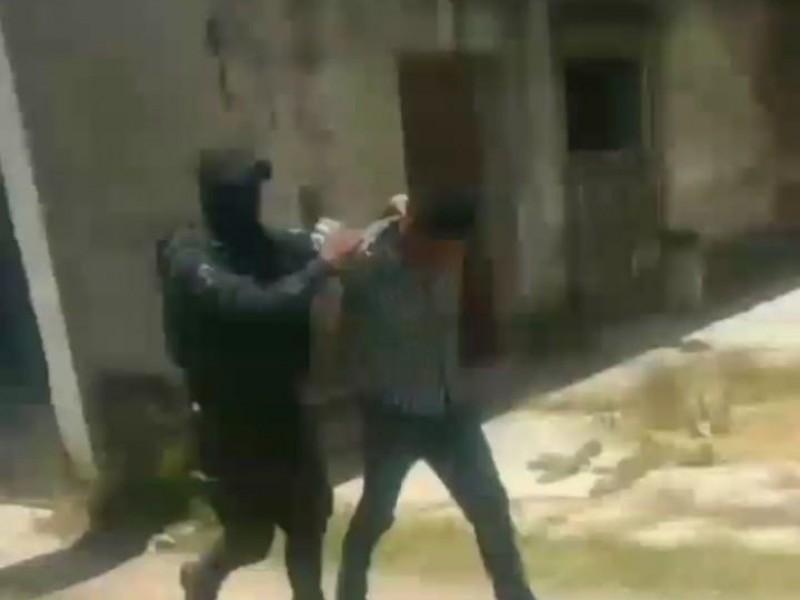 Detienen a masculino que había asaltado taxi en Amozoc