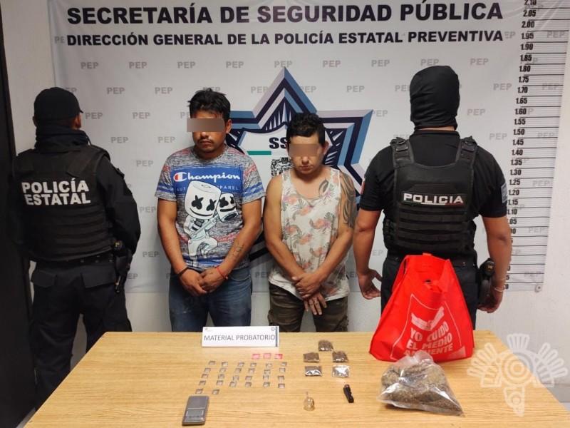 Detienen a masculinos con droga en la colonia Guadalupe Hidalgo