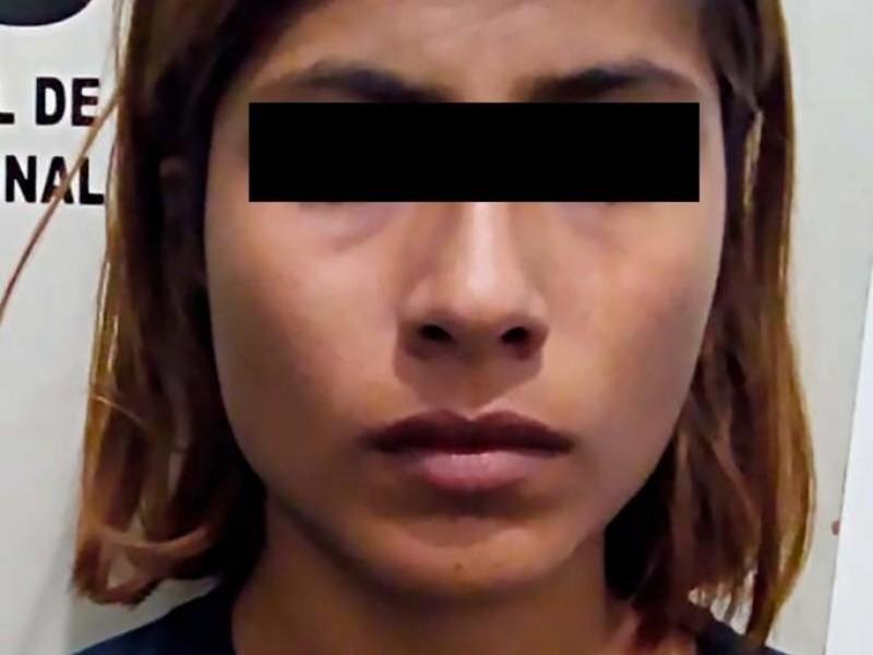 Detienen a mujer que presuntamente mató a su hijo